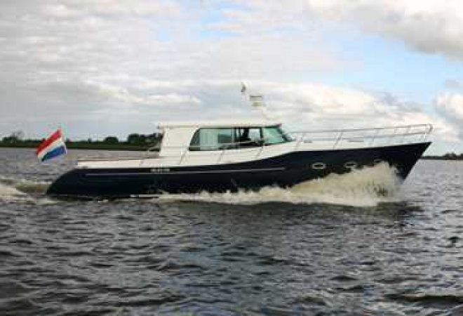 Endeavor 44 for sale by SchipVeiling