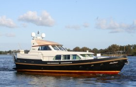 Linssen 500 GS Variotop for sale by YachtBid
