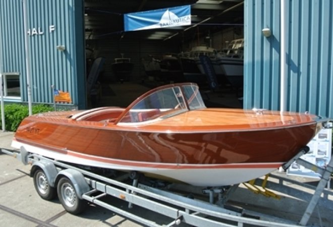 Riva Replica Aquarama for sale by SchipVeiling