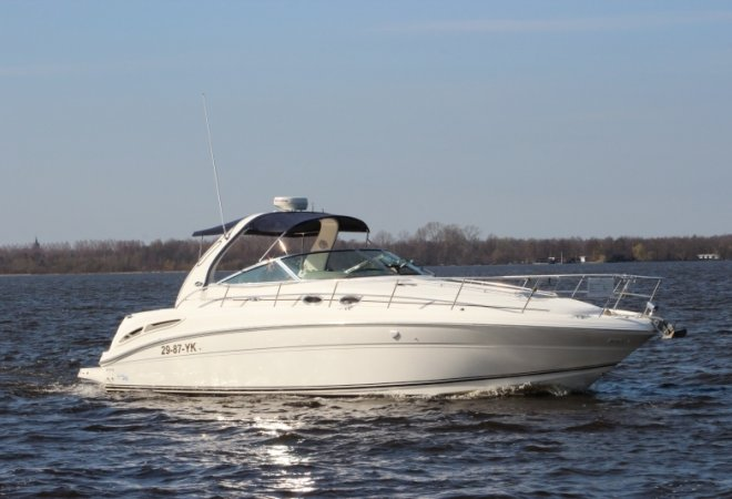 Sea Ray 395 Sundancer for sale by SchipVeiling