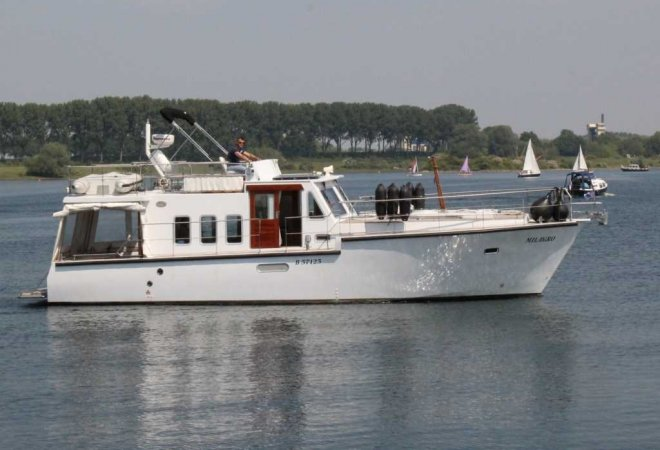 Trawler Motorjacht 1300 for sale by SchipVeiling