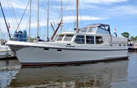 Privateer 43 for sale by YachtBid