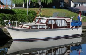 Super Van Craft 1050 AK, Motorjacht  for sale by SchipVeiling