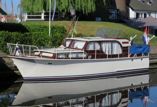 Super Van Craft 1050 AK for sale by SchipVeiling