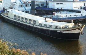 Klassieke Nederlandse Woonklipper, Traditional/classic motor boat Klassieke Nederlandse Woonklipper te koop bij SchipVeiling