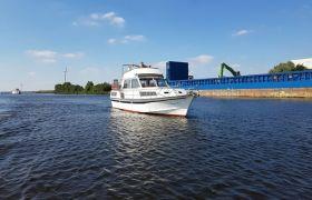 Motorkruiser Dancer, Motor Yacht  for sale by SchipVeiling