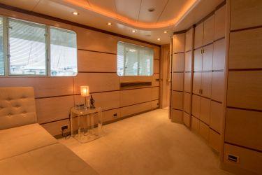 36m Long Range Motor Yacht