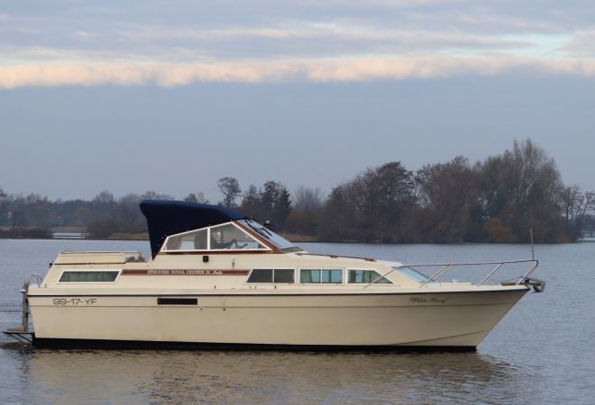 Storebro Royal Cruiser 31 Baltic, Motor Yacht  for sale by SchipVeiling