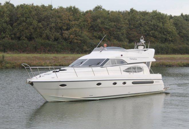 Admiral 45 Flybridge for sale by SchipVeiling