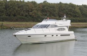 Admiral 45 Flybridge for sale by YachtBid