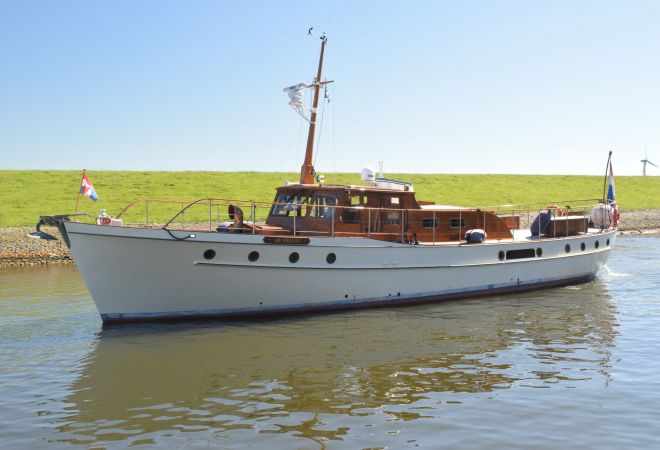 Silver 64, Motor Yacht  for sale by SchipVeiling