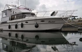 President 385 Sundeck for sale by YachtBid