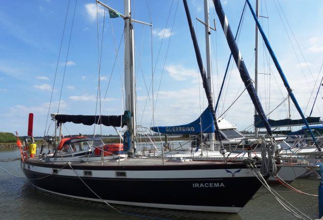 Najad 390, Zeiljacht  for sale by YachtBid