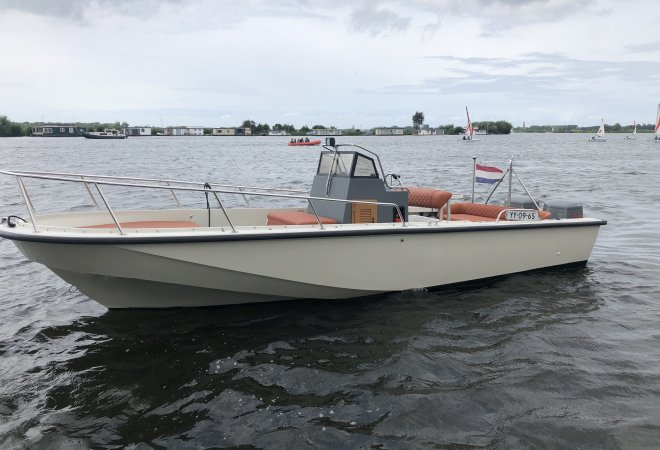 Boston Whaler OUTRAGE 22 for sale by SchipVeiling