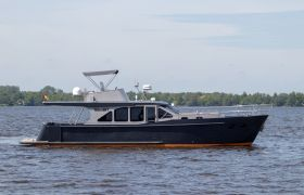 Passion New Classic Line 1350 OC for sale by YachtBid