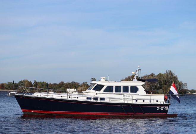 Pilot 50, Motor Yacht  for sale by YachtBid