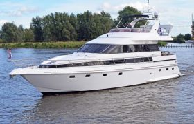 Van Der Valk Vitesse 56/59 for sale by YachtBid
