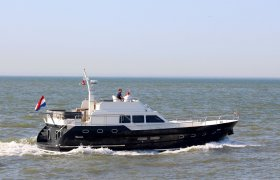 Bonito 50 Fly for sale by YachtBid