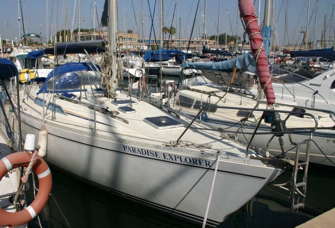 Moody 376 for sale by YachtBid