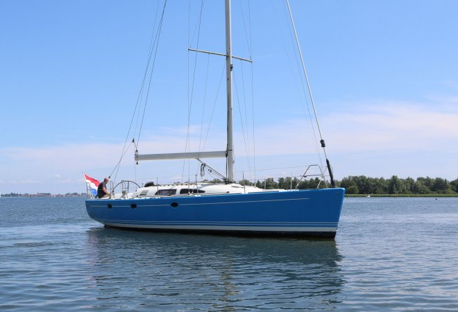 Van De Stadt 44 for sale by YachtBid
