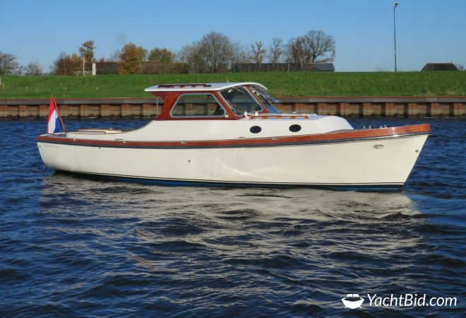 Berg Boat 28 Cabin Classic, Motorjacht  for sale by YachtBid
