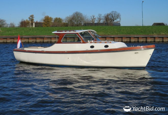 Berg Boat 28 Cabin Classic for sale by SchipVeiling