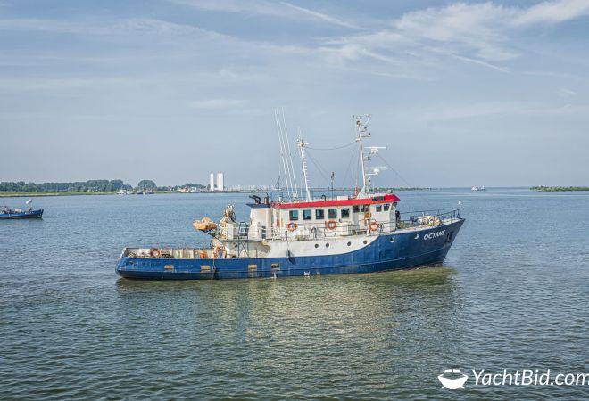 Ex-beroeps Vaartuig Octans, Motorjacht  for sale by YachtBid