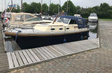 St. Tropez 9.20 Cabin Cruiser, Motorjacht St. Tropez 9.20 Cabin Cruiser te koop bij Van Roeden Watersport
