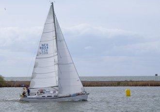 Dufour 40, Zeiljacht Dufour 40 te koop bij Jachtmakelaar Monnickendam