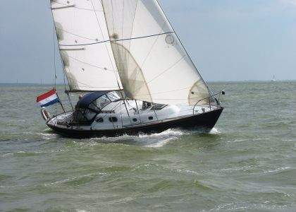 Alberg 35, Sailing Yacht  for sale by Jachtmakelaar Monnickendam