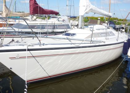 Dehler 31 Top, Zeiljacht  for sale by Jachtmakelaar Monnickendam
