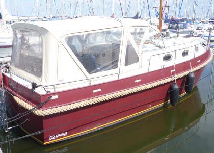 Langenberg 825 Cabin, Motor Yacht  for sale by Jachtmakelaar Monnickendam