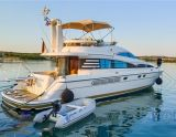 Fairline Squadron 52, Motorjacht Fairline Squadron 52 hirdető:  Yacht Center Club Network