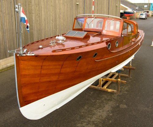 Pettersson Salonboot, Klassiek/traditioneel motorjacht  for sale by Jachtmakelaardij Zuidwest Friesland