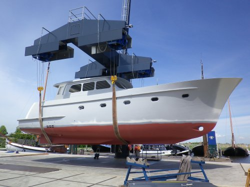Visser Yachtdesign 1600MC Casco, Motor boat - hull only  for sale by Jachtmakelaardij Zuidwest Friesland