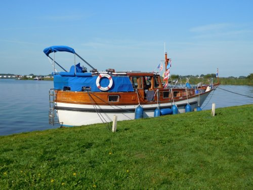 Faenø / Faeno 36, Traditional/classic motor boat  for sale by Jachtmakelaardij Zuidwest Friesland