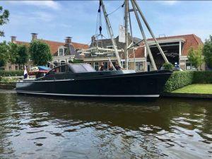 Matez Van Lent Cabrio, Motorjacht  for sale by Jachtmakelaardij Zuidwest Friesland