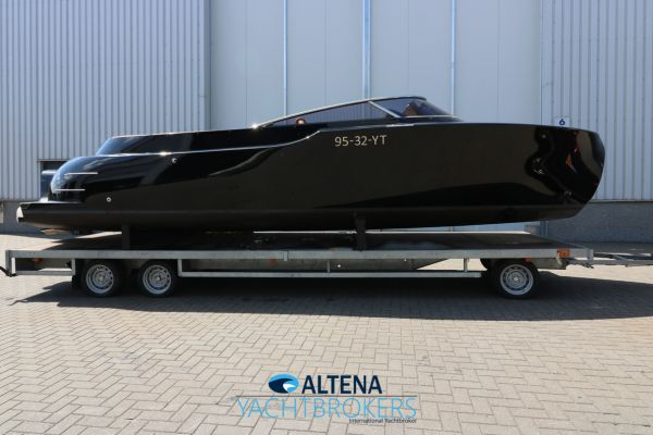 , Speedboat and sport cruiser  for sale by Altena Yachtbrokers