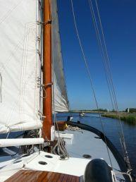 Aak Boeieraak, Plat- en rondbodem, ex-beroeps zeilend  for sale by Strada Watersport