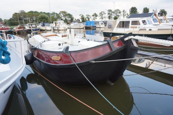 , Plat- en rondbodem, ex-beroeps zeilend  for sale by Strada Watersport