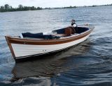 Moonday 23 CS / ROYAL, Traditionelle Motorboot Moonday 23 CS / ROYAL Zu verkaufen durch Moonday Yachts
