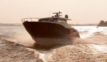 C&B Typhoon 45 Coupé, Motorjacht  for sale by Connect Yachtbrokers