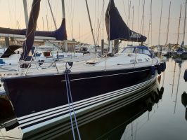 X-Yachts 43, Zeiljacht  for sale by Connect Yachtbrokers