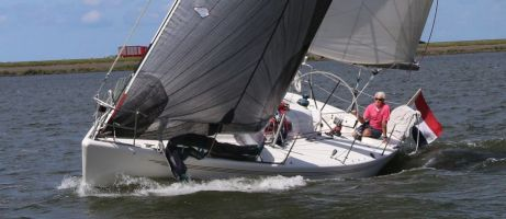 X-YACHTS IMX 38, Zeiljacht  for sale by Connect Yachtbrokers