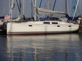 Hanse 415, Zeiljacht  for sale by Connect Yachtbrokers
