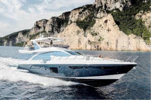 Azimut 72, Motorjacht  for sale by Connect Yachtbrokers
