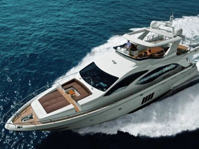 Azimut 84, Motorjacht  for sale by Connect Yachtbrokers