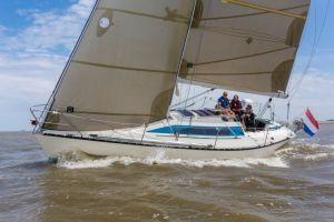 X-Yachts 102, Zeiljacht  for sale by Connect Yachtbrokers