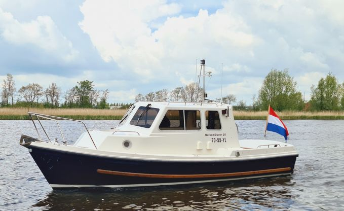 Nelson Duver 25, Speed- en sportboten for sale by Connect Yachtbrokers