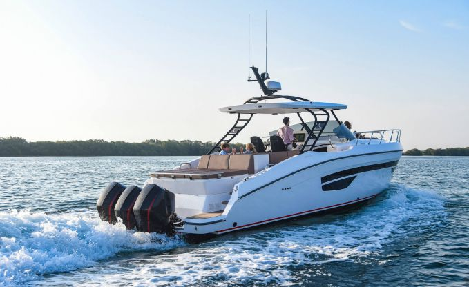 Gulf Craft Oryx 379, Motorjacht for sale by Connect Yachtbrokers